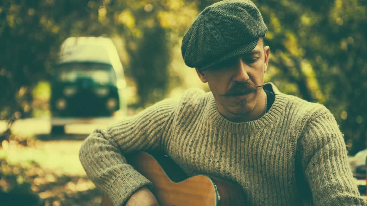 Foy Vance signs to Ed Sheeran's label