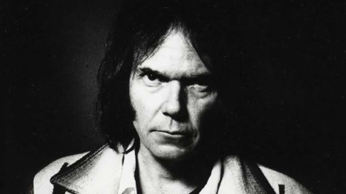 Neil Young announces first ever Belfast Concert