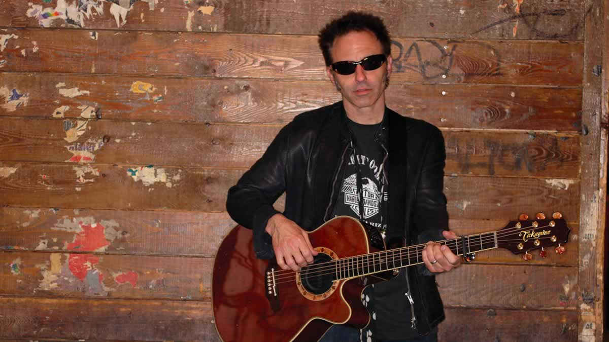 Nils Lofgren announces show in an iconic Belfast venue