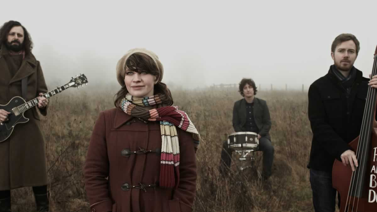 Polly and the Billets Doux – Hold Fast – Live in Belfast