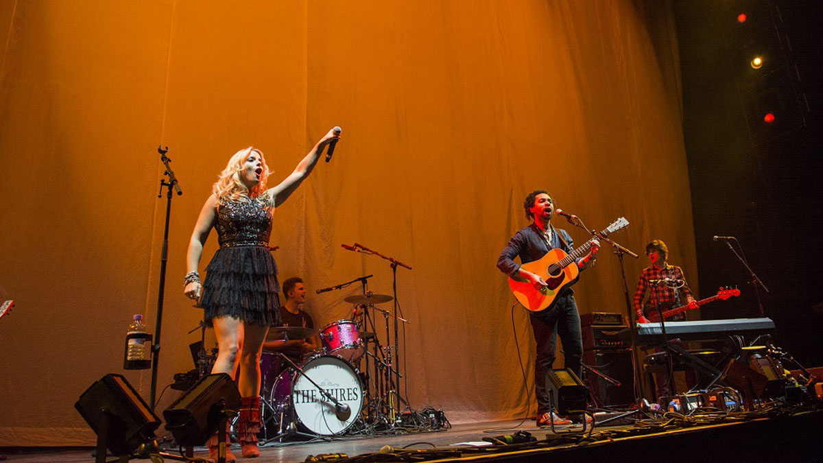 The Shires live in the SSE Arena, Belfast