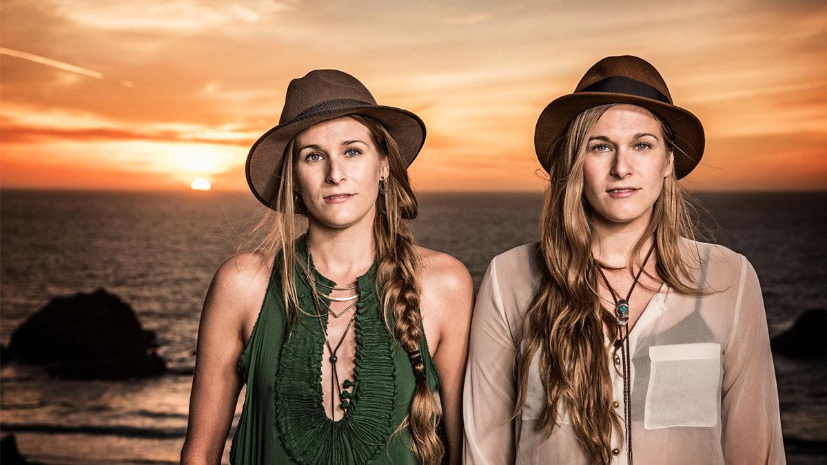 Shook Twins embark on UK tour
